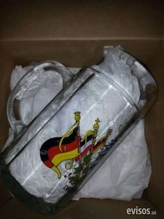 Pictures of Slightly used brand new german beer stein mug  german crest rrp $70  $10 mount d 5